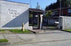 casa en Condominio las Azaleas,de la avenida principal hacia el río.