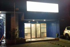 Local Comercial con Oficinas-Sala de Ventas- Galpón