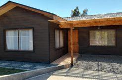 Casa a una cuadra de Lautaro y a 5 de la plaza en Santa Juana